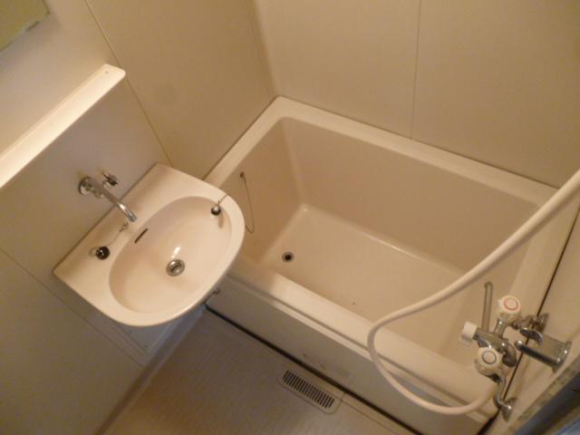 ハイツセイフA 101号室の風呂
