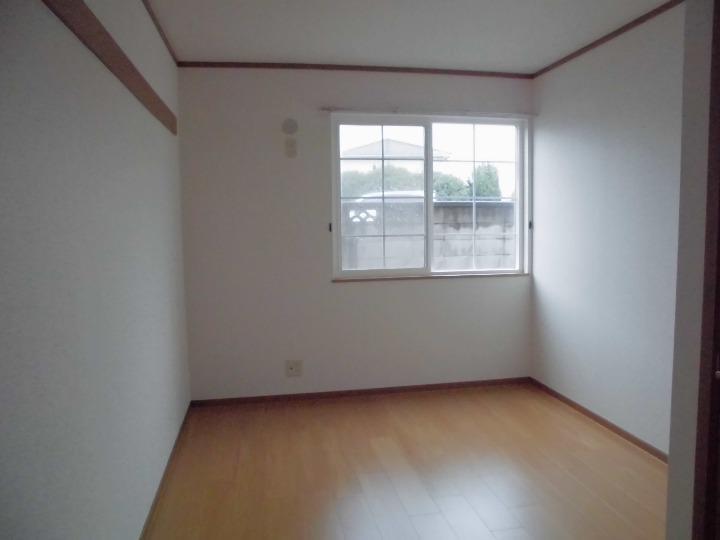 メゾンドエスパス 01020号室のリビング