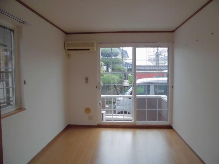 メゾンドエスパス 01020号室のトイレ