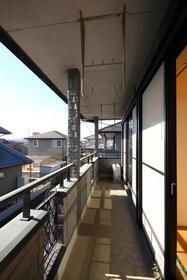 エステイトヒルA棟 205号室の玄関