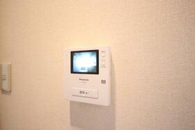 エステイトヒルA棟 205号室の居室