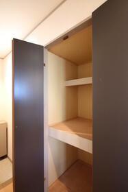 エステイトヒルA棟 205号室の収納
