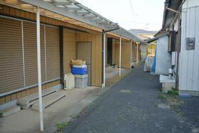増山住宅(中根西)の外観