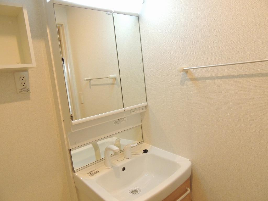 グランディールⅠ 03010号室の洗面所