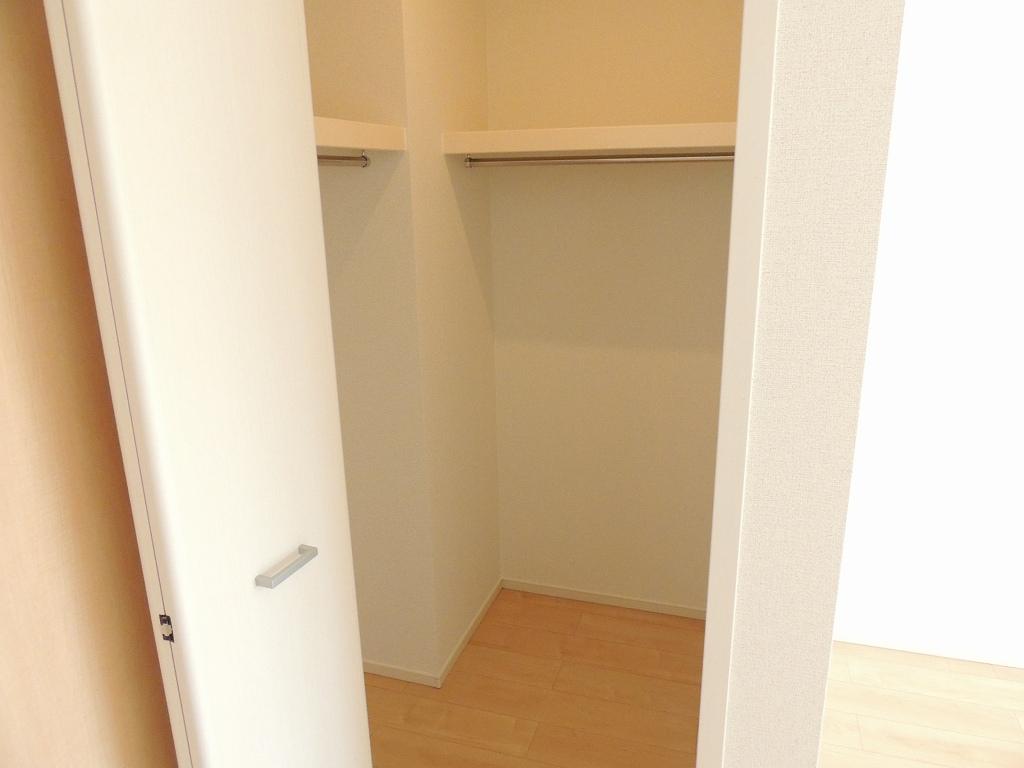 グランディールⅠ 03010号室の収納