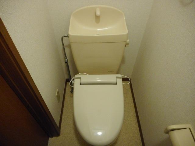 クレセールおおつ野A 01020号室のトイレ