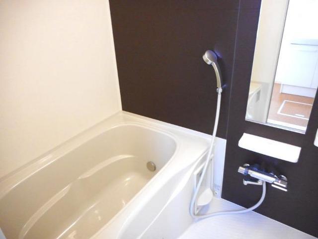 フィオーレ・M 02030号室の風呂