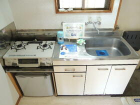 ソワサント 0101号室のキッチン
