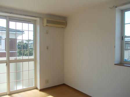ボヌール・ジョア 02030号室のリビング