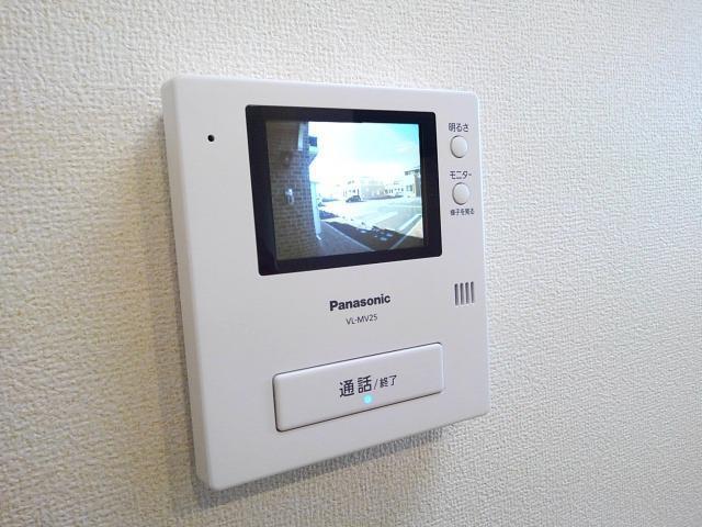 エレガンスI 01010号室の玄関