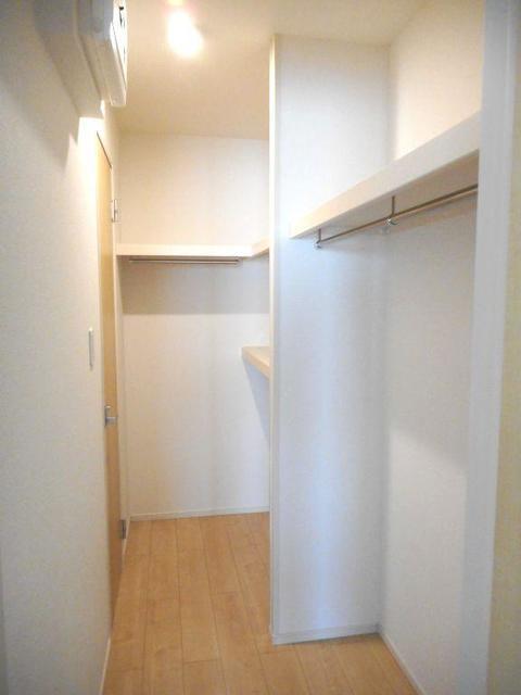 アイランドヒルズ学園 Ⅰ 01040号室の収納