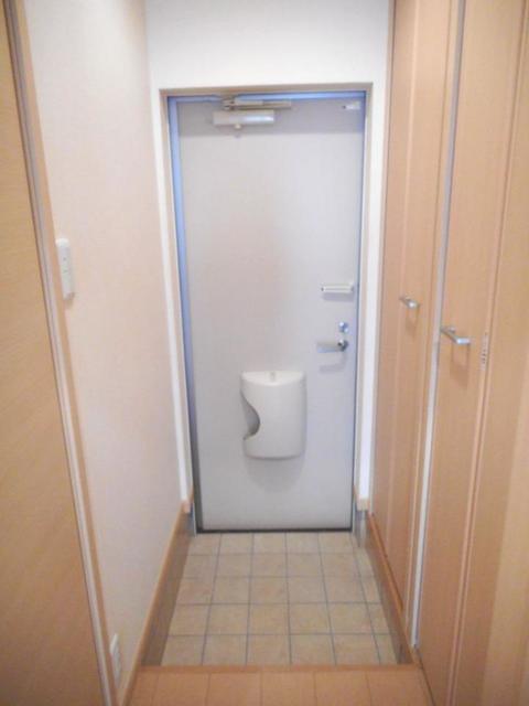 プレ・アビタシオン土浦Ⅳ 01030号室の玄関