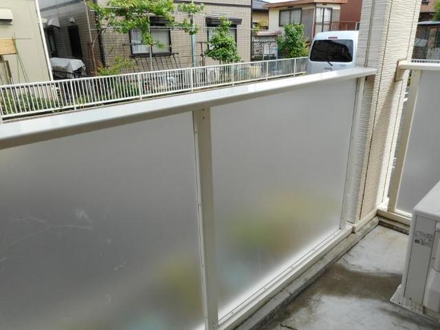 プレ・アビタシオン土浦Ⅳ 01030号室のバルコニー