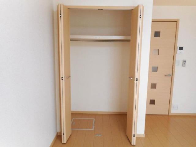 プレ・アビタシオン土浦Ⅳ 01030号室の収納