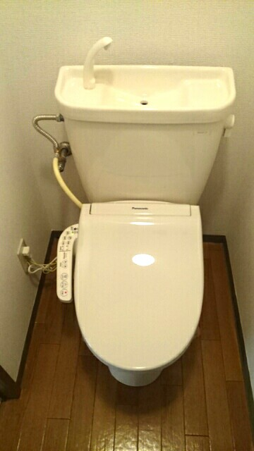 サクラハイムC 01010号室のトイレ