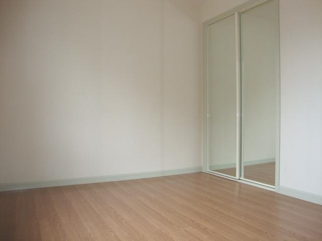 クリスタルハイツA 202号室の居室