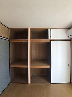 コーポ右籾 01020号室の収納