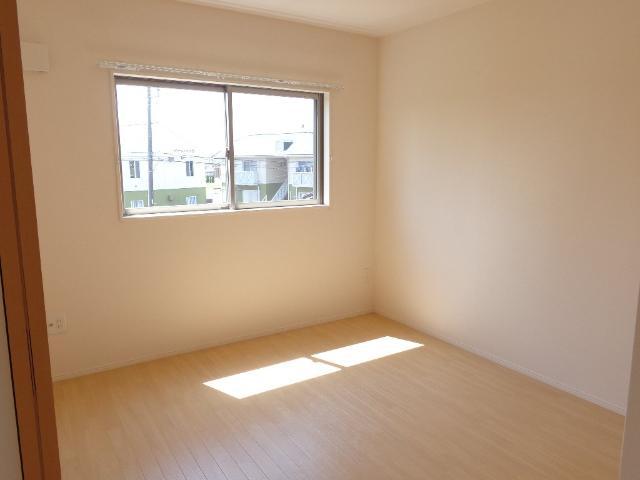 DOMANI 201号室の居室