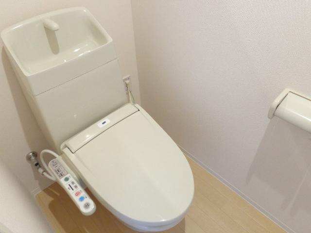 DOMANI 201号室のトイレ