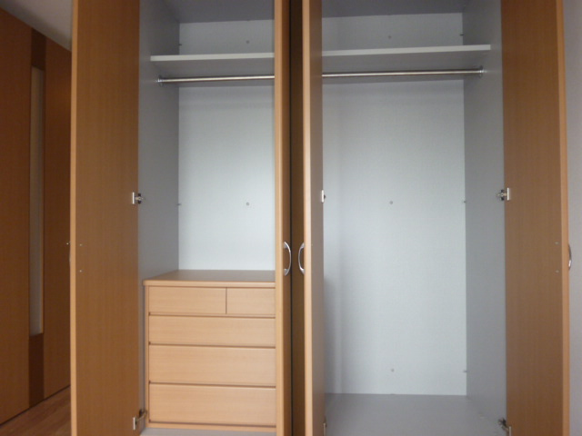 ヴィンテージ 302号室の玄関
