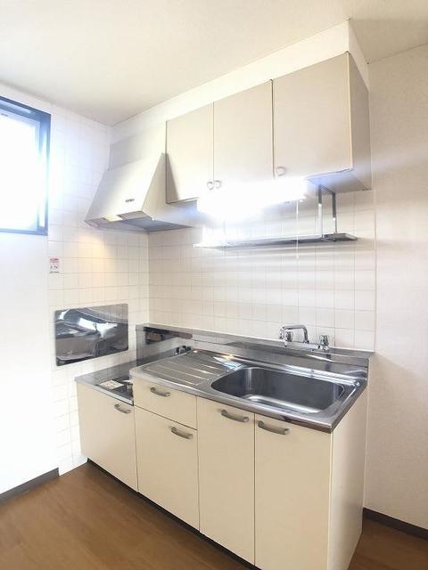 クリーンハイツさくら 01030号室のキッチン