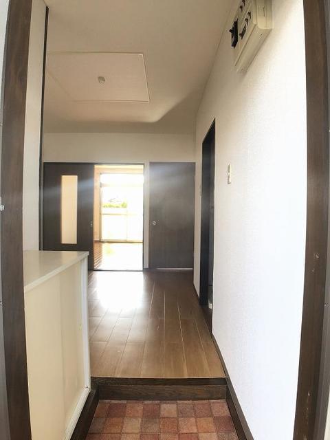 クリーンハイツさくら 01030号室の玄関