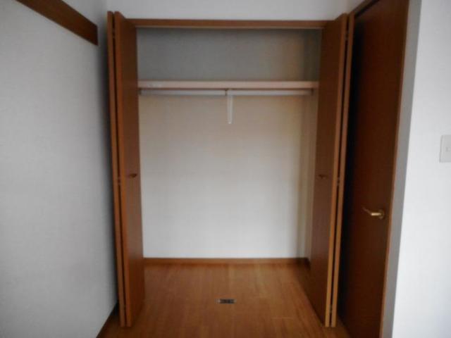 エスペランスWATANABE 01020号室の収納