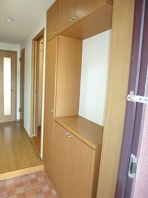 木村ロイヤルマンション4 01010号室の玄関