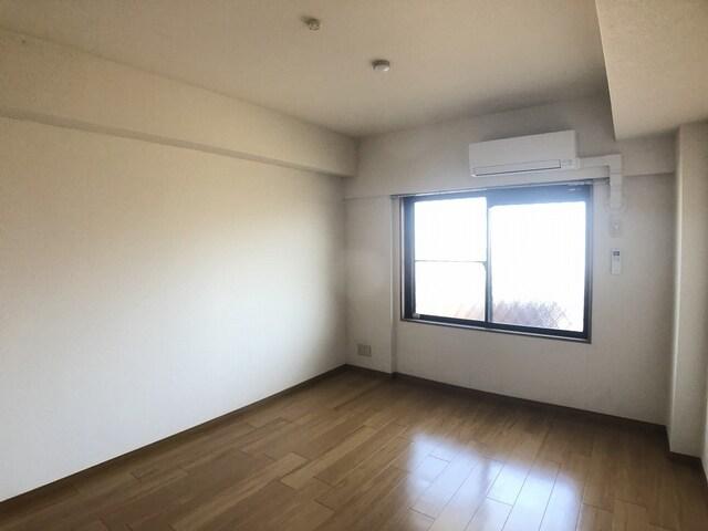 木村ロイヤルマンション4 04040号室の居室