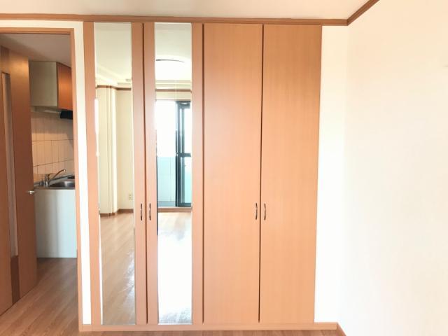 ヴィンテージ 202号室の玄関