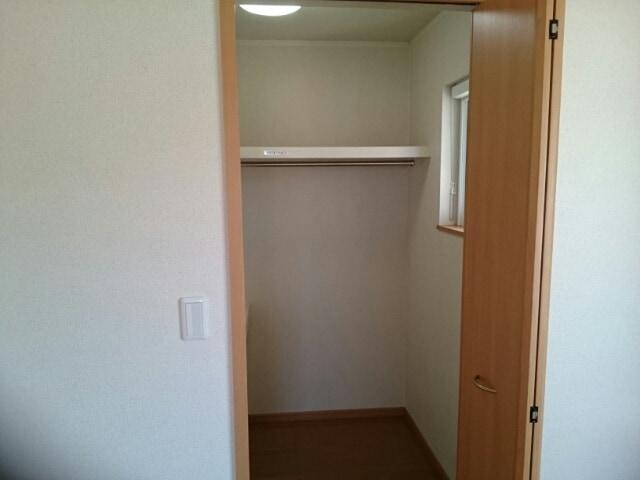 ソラボレⅠ 02030号室の収納