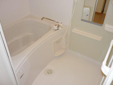 サン・ル-ム永国 02020号室の風呂