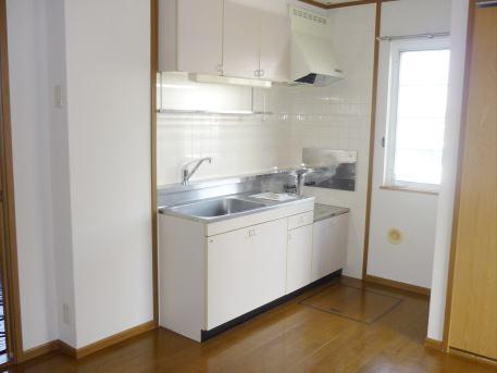 ベルフラワーF 01020号室のキッチン