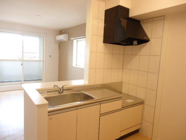メルヴェイユ 201号室のキッチン