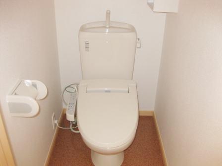 ミルトシューネ 02040号室のトイレ