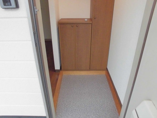 パエーゼ8 02020号室の玄関