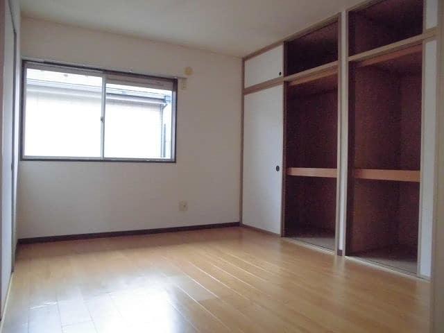 パエーゼ8 02020号室のベッドルーム