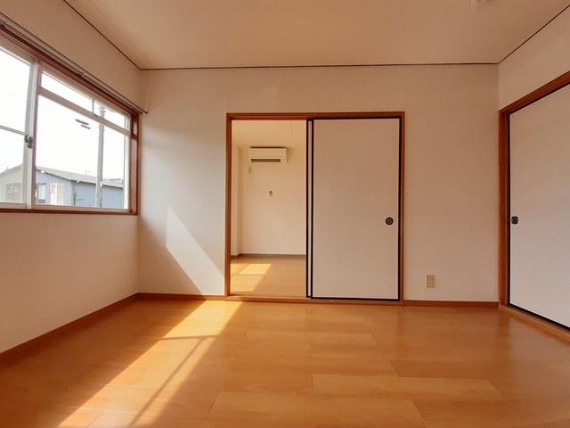 本谷ハイツ 01030号室の洗面所