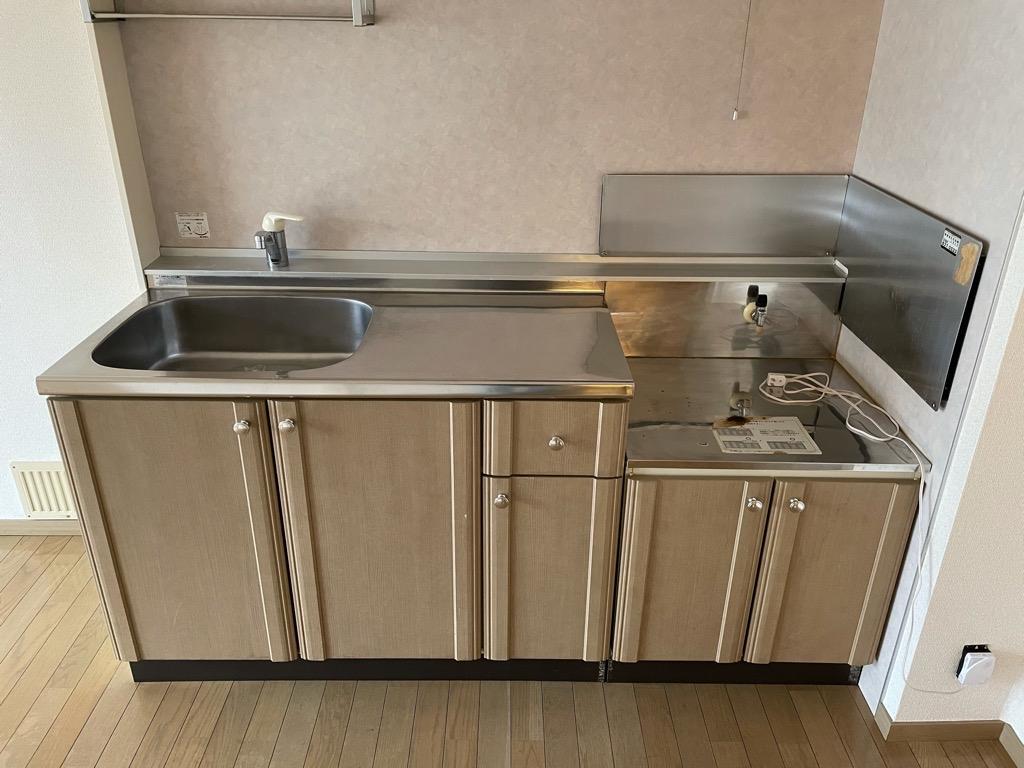 サンビレッジ東台 C 201号室のキッチン