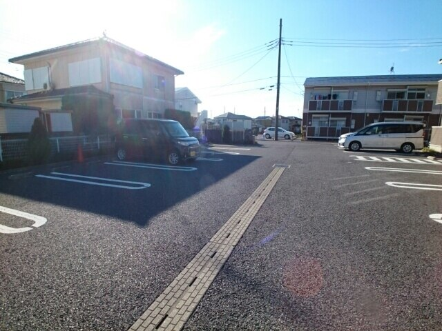 ティアラB 02010号室の居室