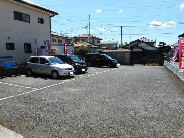 サンプレイス 02030号室の駐車場