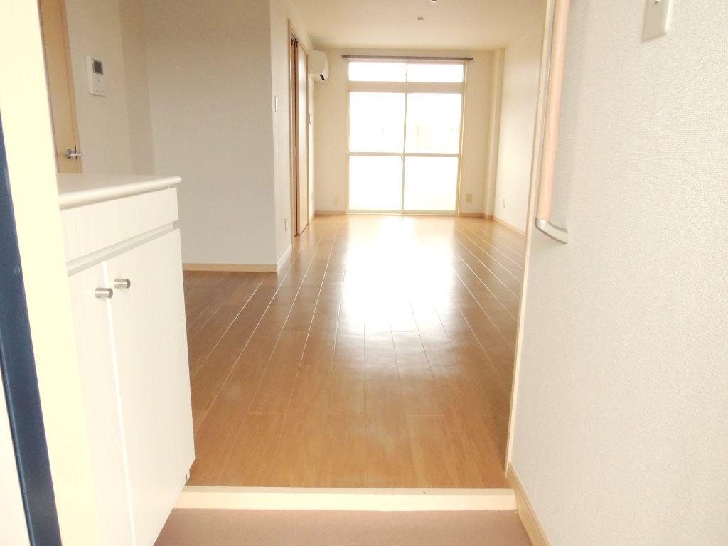 サンプレイス 02030号室の玄関