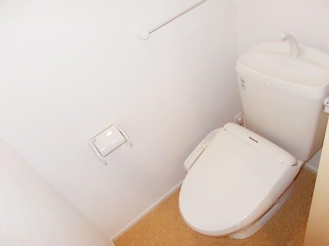 ベル・フローラ 02010号室のトイレ