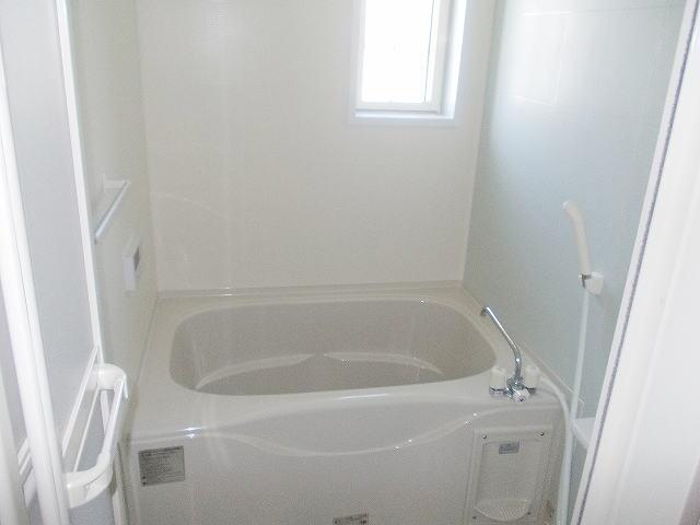 ベル・フローラ 02010号室の風呂