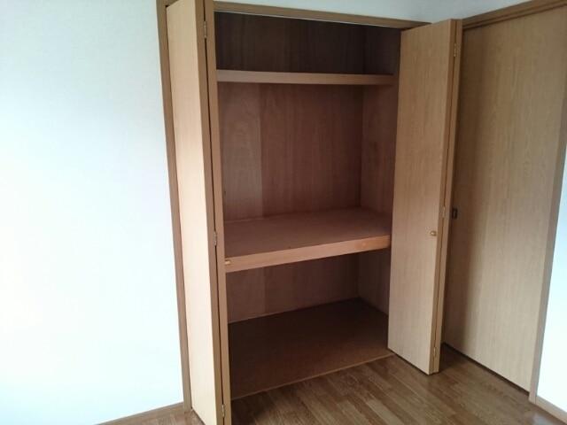 フォレパルク 02030号室の洗面所
