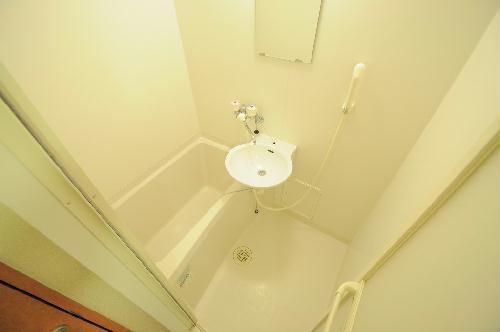 レオパレス飛鳥 常盤台 106号室の風呂