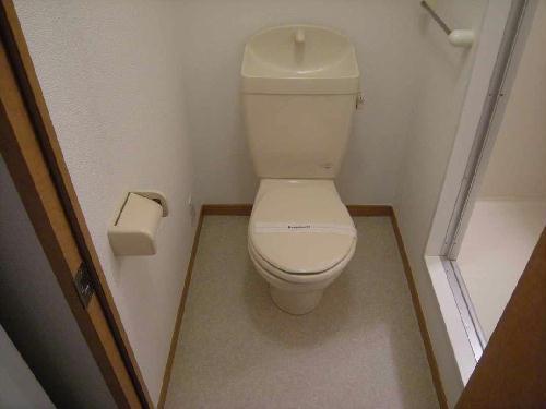 レオパレスKSM21 203号室のトイレ