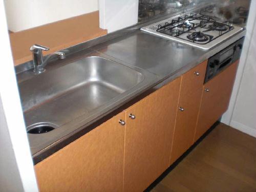 レオパレスサザンクロス 108号室のキッチン