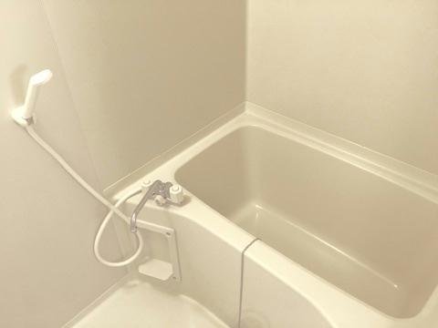 レオパレスサザンクロス 108号室の風呂