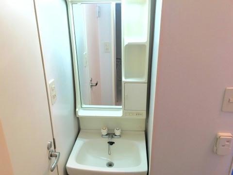 レオパレスサザンクロス 108号室の洗面所